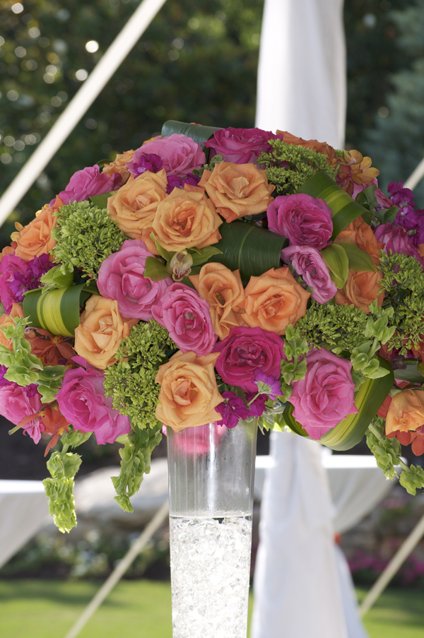 bouquet of roses, wedding flowers